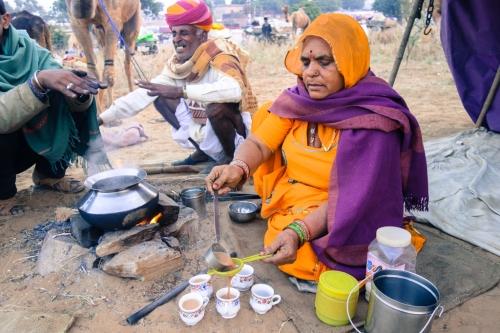 Tea-chai-wallah-Pushkar-Rajasthan-camel