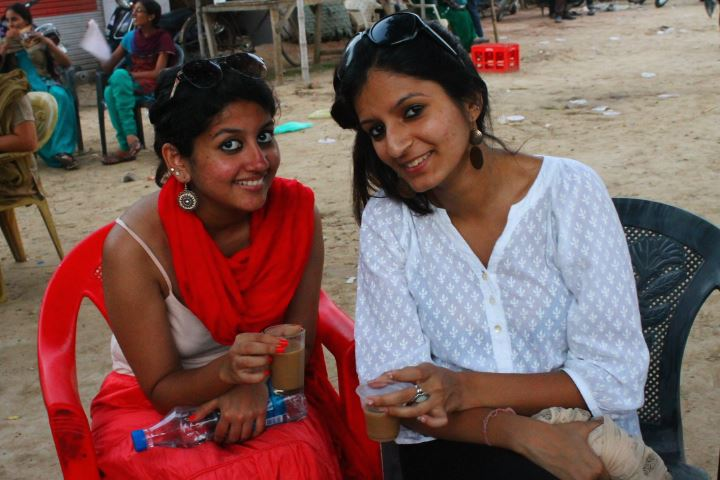 Saanya (right) and her friend Deepa enjoying chai in Amritsar.