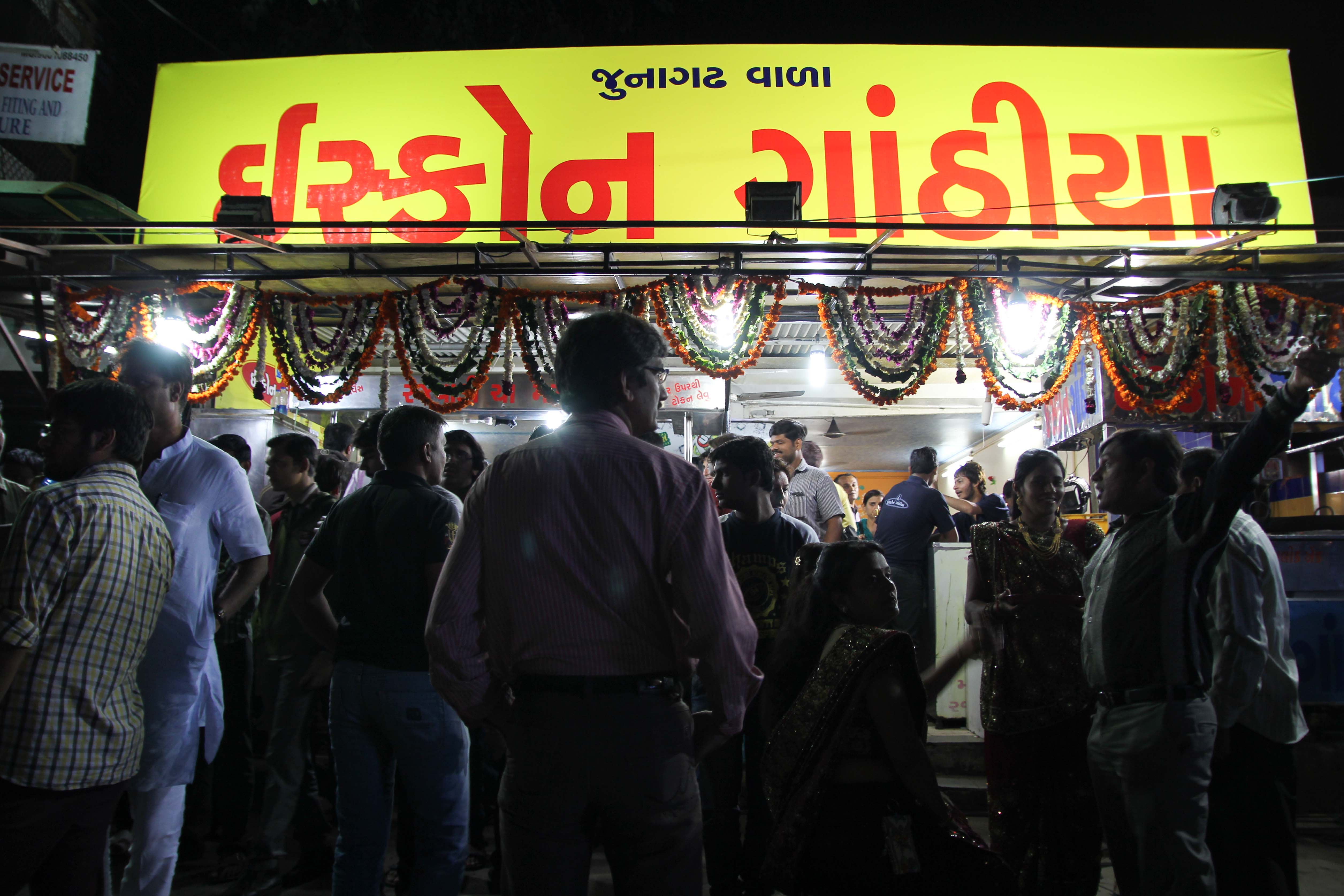 Iscon Ganthiya is a popular kitli, or tea stall, in Ahmedabad, Gujarat, where locals gather all hours of the night.